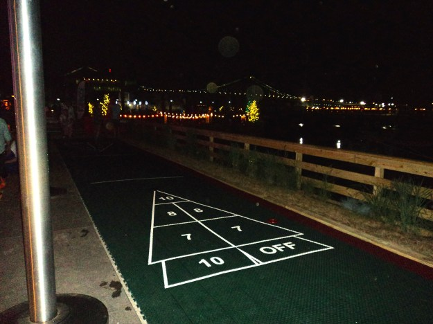 Shuffleboard and games at Spruce Street Harbor Park // Her Philly