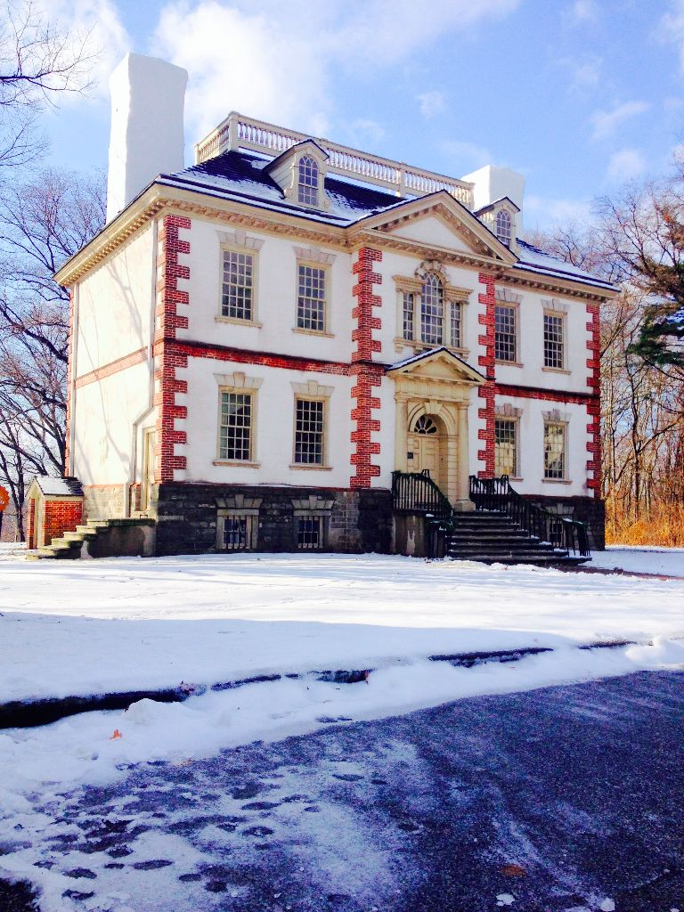 Charms of Fairmount Holiday Tours