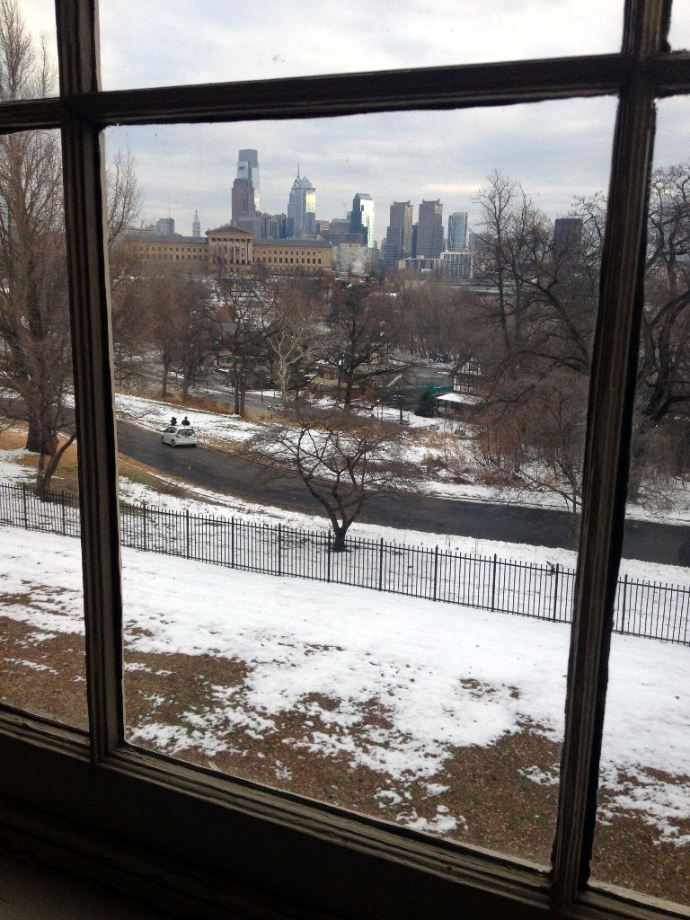 View of Philadelphia skyline from Fairmount Charms homes // Her Philly