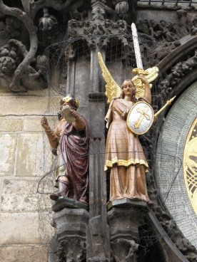 Statues surrounding the Zodiac calendar