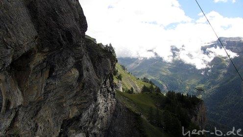 In der Felswand
