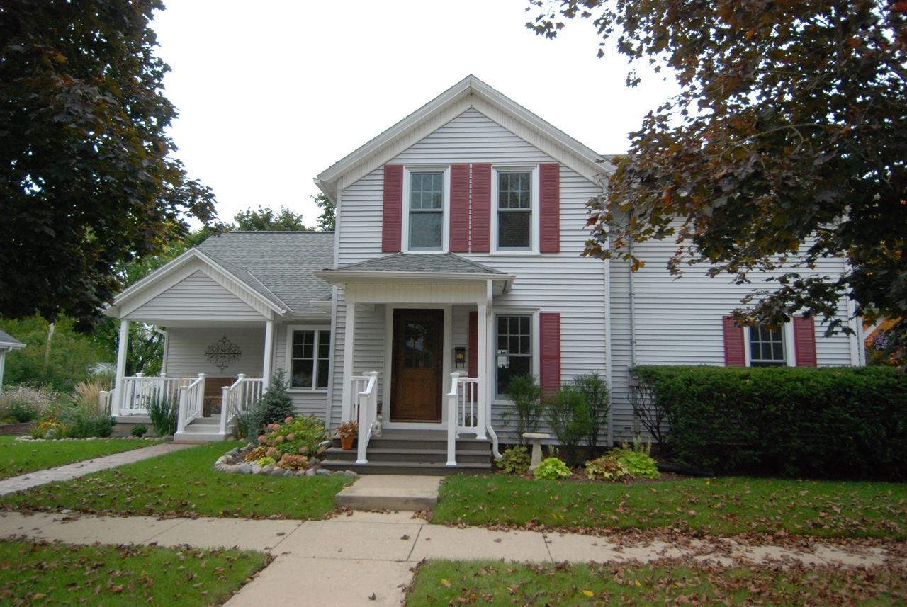 Screen Porch Addtion Front Cr