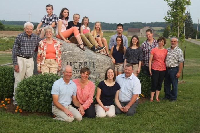 2016-family-photo-herrles