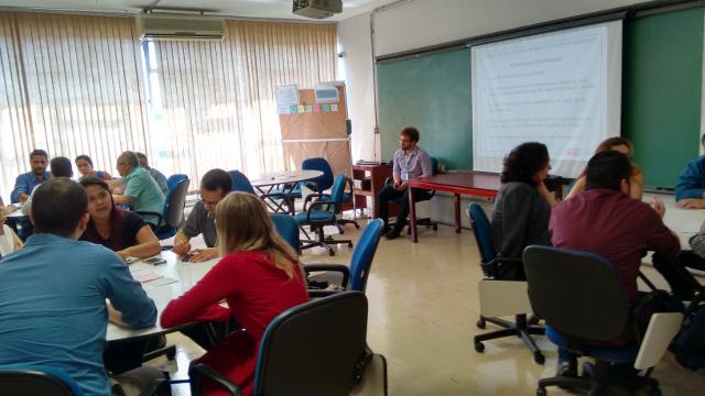 uma das sessões de capacitação para servidores públicos sobre como planejar dados abertos
