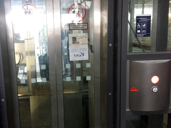 Defekter Aufzug