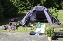 """Vorbereitung ist alles, dank der """"Camping-Kiste"""" haben wir alles beinander. ©HerrundFrauBayer"""
