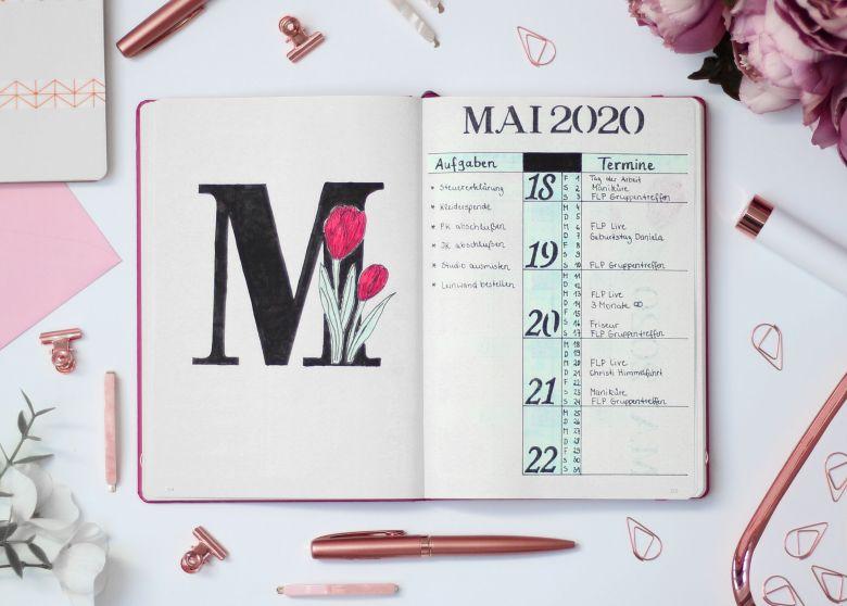 Bullet Journal Monthly Spread Mai Kalender