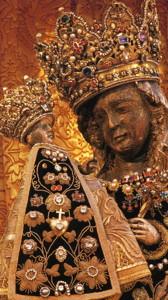Madonna in der Gnadenkapelle in Altötting