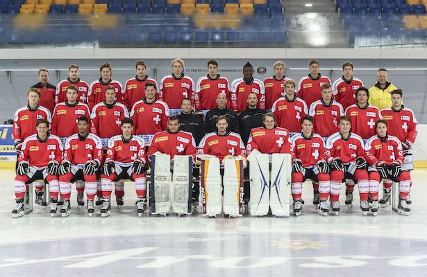 21.07.2015; Schaffhausen ; Eishockey U20 - Team Schweiz; Mannschaftsfoto  (Andy Mueller/freshfocus)