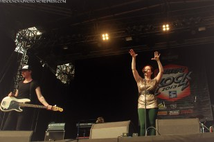 anneke_masters_of_rock_2013_001