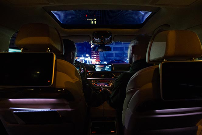 bmw-7-series-2016-features-review-ambient-lighting-package