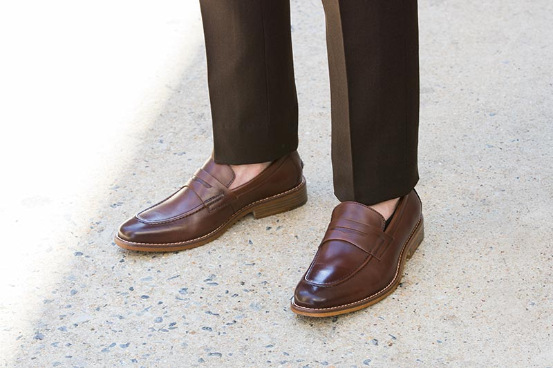 shoes without socks fashion trend