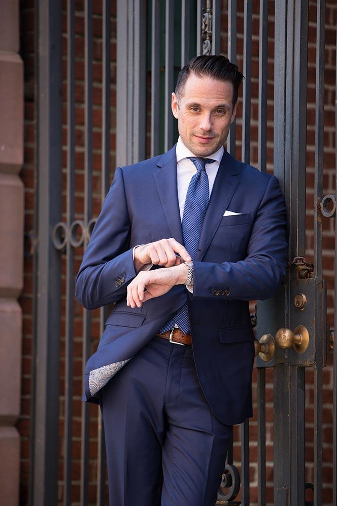 royal blue suit trend