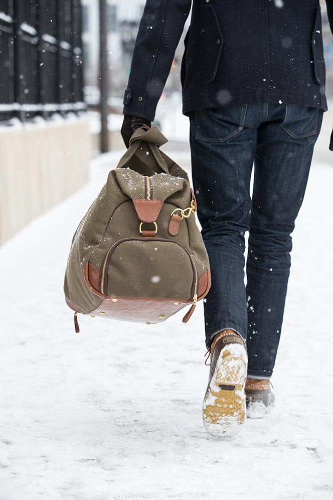 mens-outfit-for-when-it-snows-navy-peacoat-jeans-ll-bean-boots-bennett-winch-weekend-bag-7