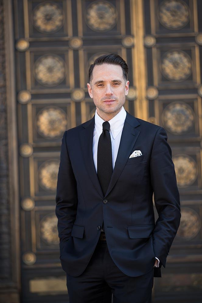 navy-suit-black-tie-cocktail-attire-men-wedding-white-shirt-dapper-outfit-idea