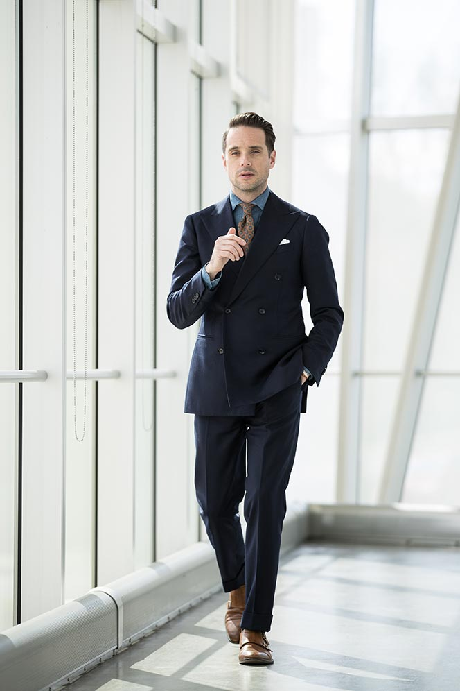 navy-double-breasted-suit-denim-shirt-orange-tie-mens-spring-work-business-outfit-ideas-10