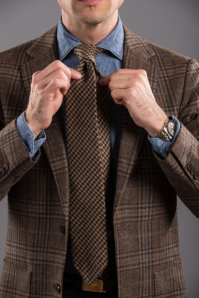double four-in-hand knot tie