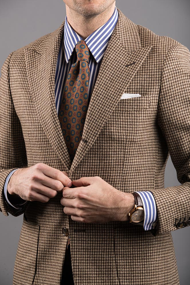 rounded cuff dress shirt style
