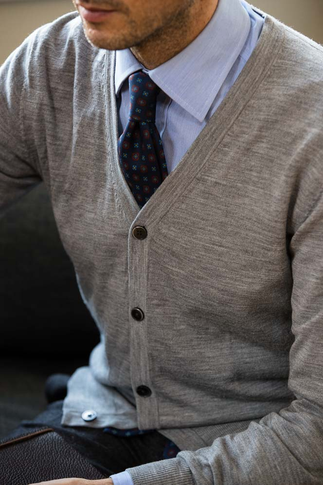 what to wear with grey cardigan