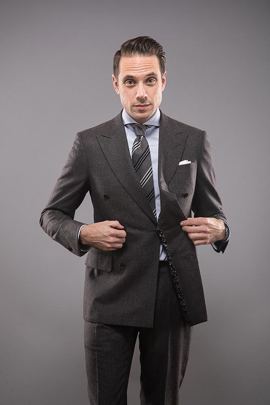 charcoal-grey-double-breasted-flannel-suit-striped-tie-blue-shirt-classic-floral-mens-suit-jacket-lining