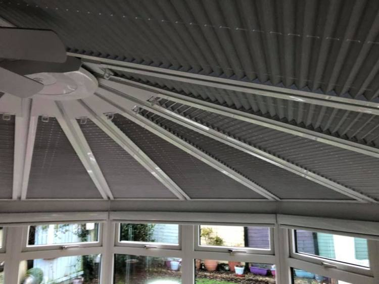 Gey perfect fit roof blinds