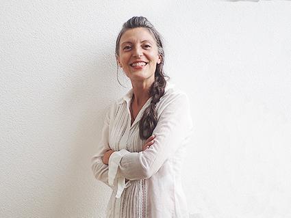 Yoga Wein bei Bed & Wine in Hessigheim Weltlachtag Weinproben für Frauen Isabel Gil und Alessandra Dragna