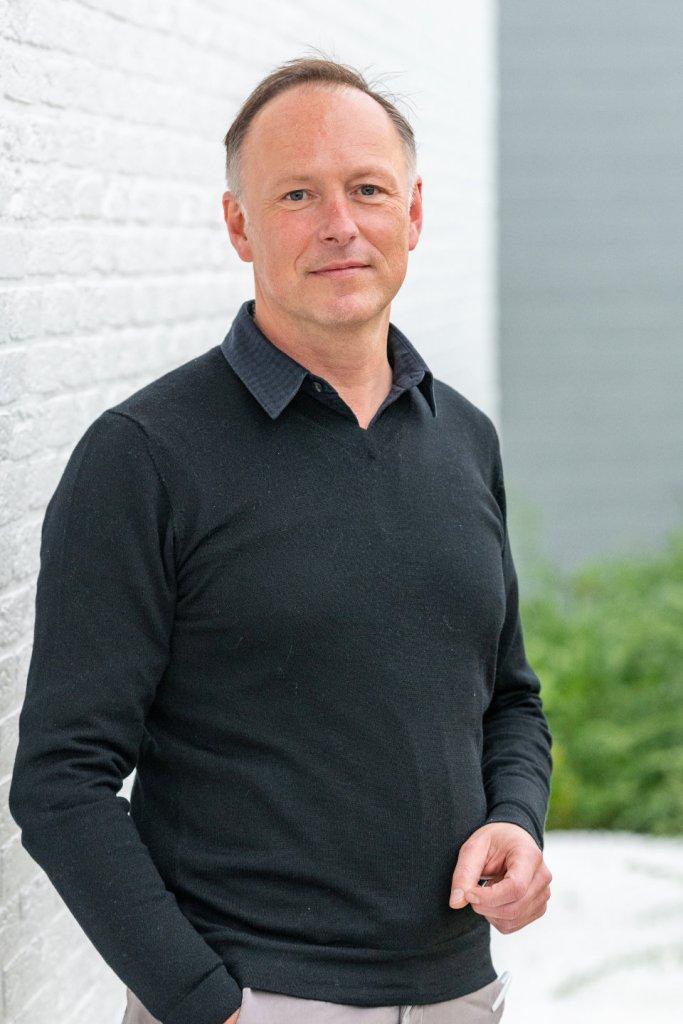 Dr. Pieter Dekelver