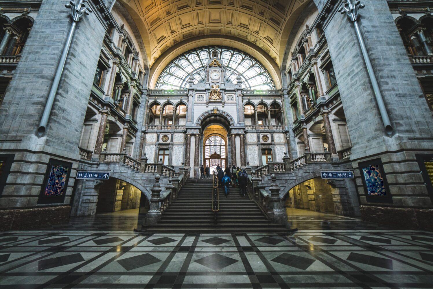 Het Gezinsleven - Uitstapjes - Bezienswaardigheden - De top 3 leukste steden van België! - Antwerpen bezienswaardigheden