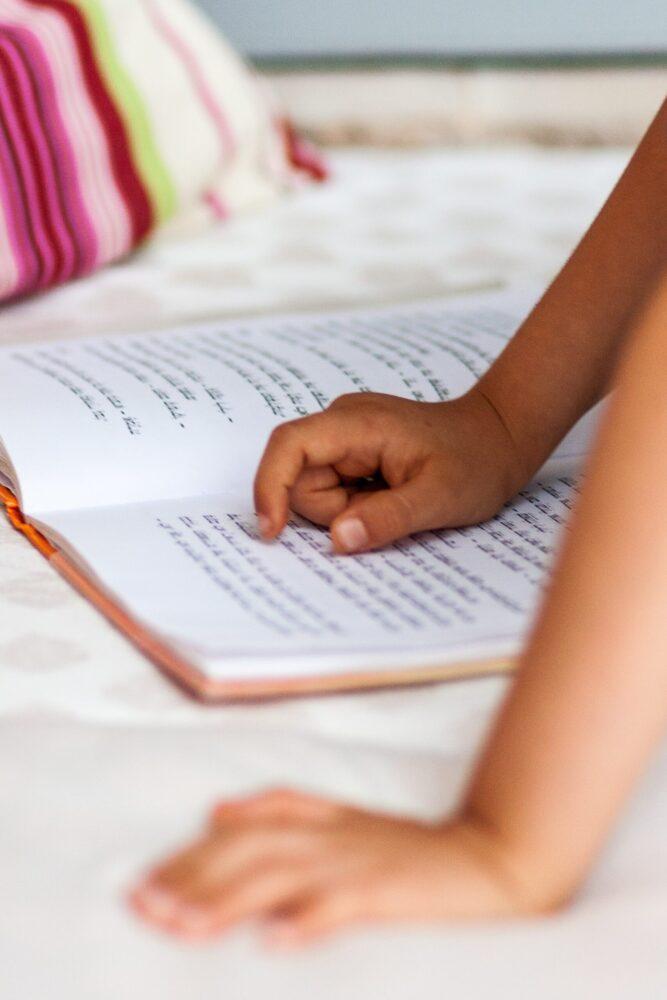 Het Gezinsleven - Moeder & kind - Kinderen 4-12 jaar - De signalen van dyslexie - lezen boek