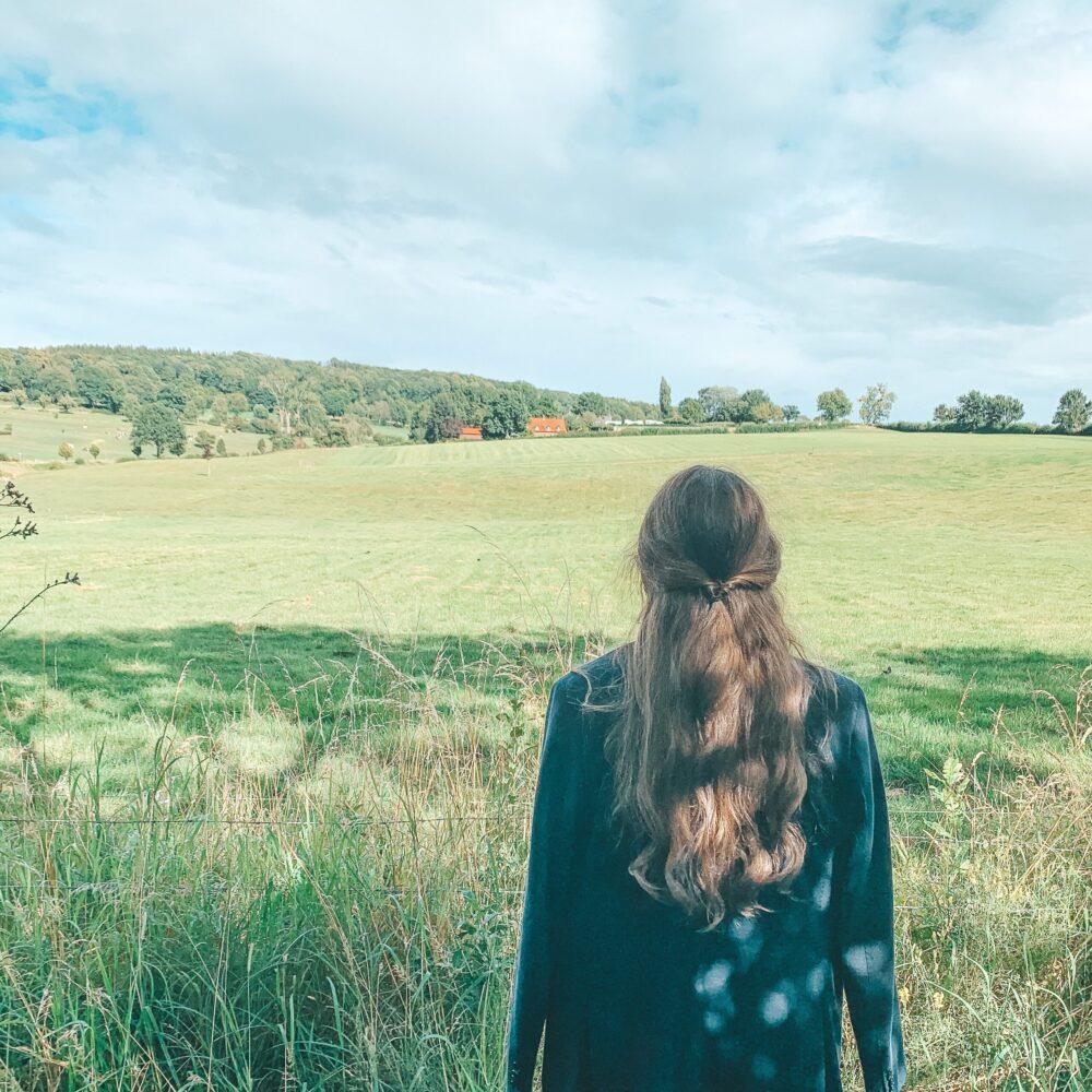 Het Gezinsleven - Uitstapjes - Natuur - Ontdek de mooiste plekken in de natuur in Limburg - Vergezicht over de groene vlaktes