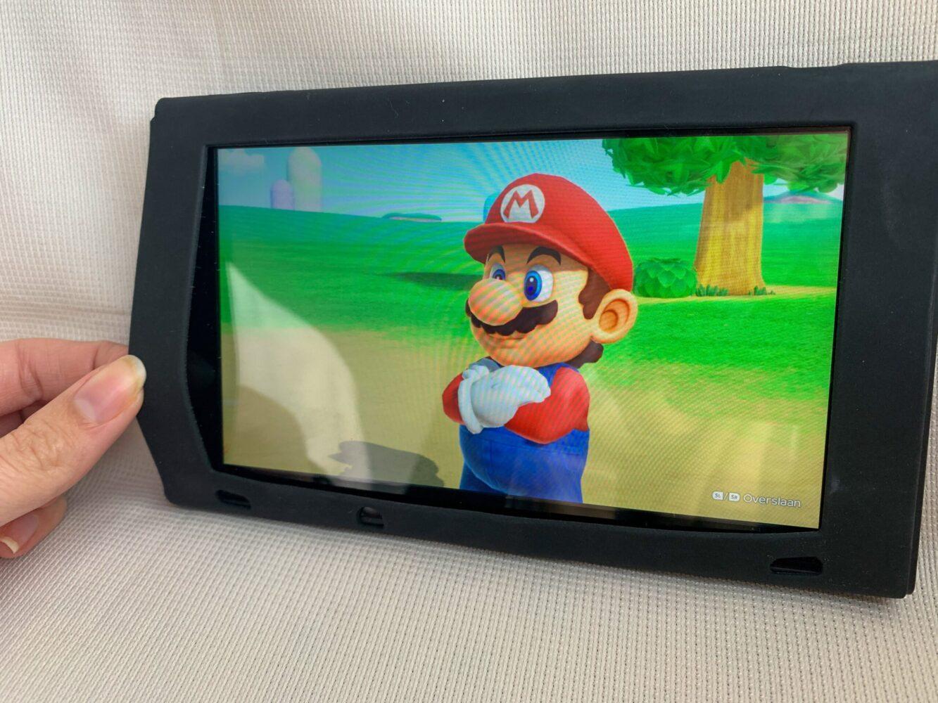 Het Gezinsleven - Gezinsactiviteiten - Speelgoed - Siliconen hoesje om de Nintendo Switch heen