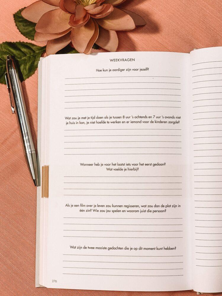 Het Gezinsleven - Lifestyle - Hobby's - Boeken - Review van het 6 minuten dagboek - De weekvragen