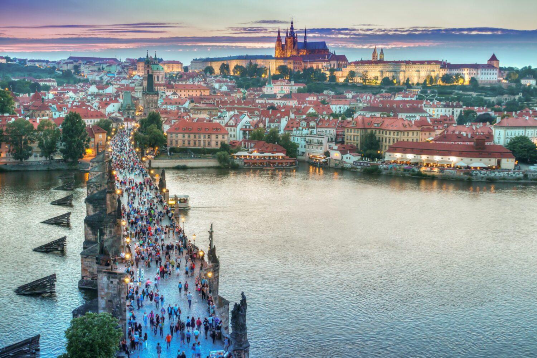 Het Gezinsleven - Vakanties - Stedentrip naar Praag - Uitzicht over de stad