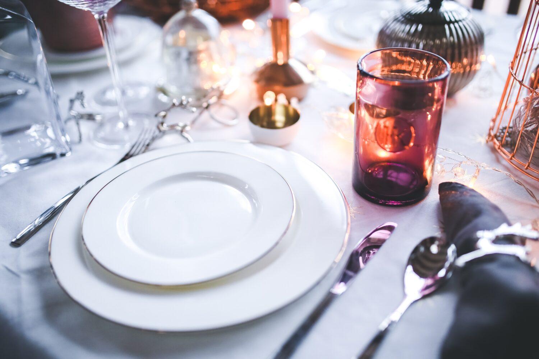 Het Gezinsleven - Gezinsactiviteiten - Feestdagen - 25 cadeau ideeën voor de trouwdag van je ouders! - Uiteten
