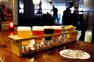 Bierproeverij met bittergarnituur - binnenkomst voor 17:00 uur bij de Prael Gron