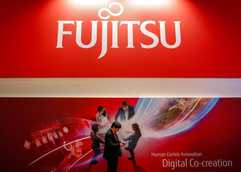 With the Fujitsu Stylistic Q5010 tablet, Fujitsu presents a new member of the durable Stylistic tablet range.