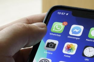 WhatsApp now offers the solution to this problem – multimedia