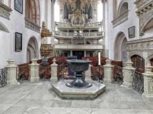 Blick in die Wenzelskirche vom Altar aus