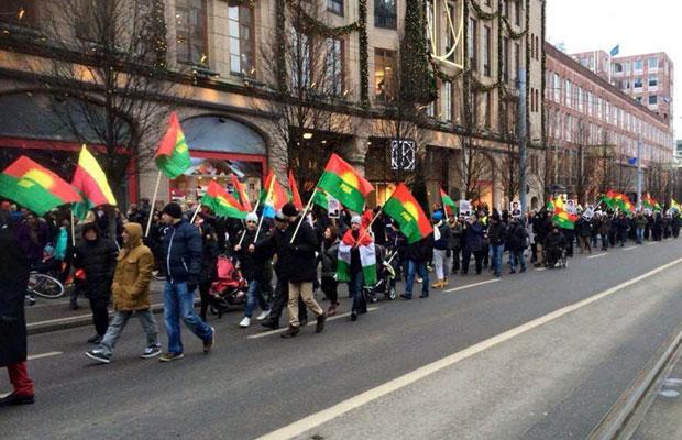 Марш в поддержку сопротивления иранских курдов в Стокгольме