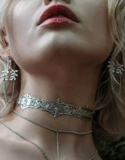 Regal Rose Silver Torment Choker