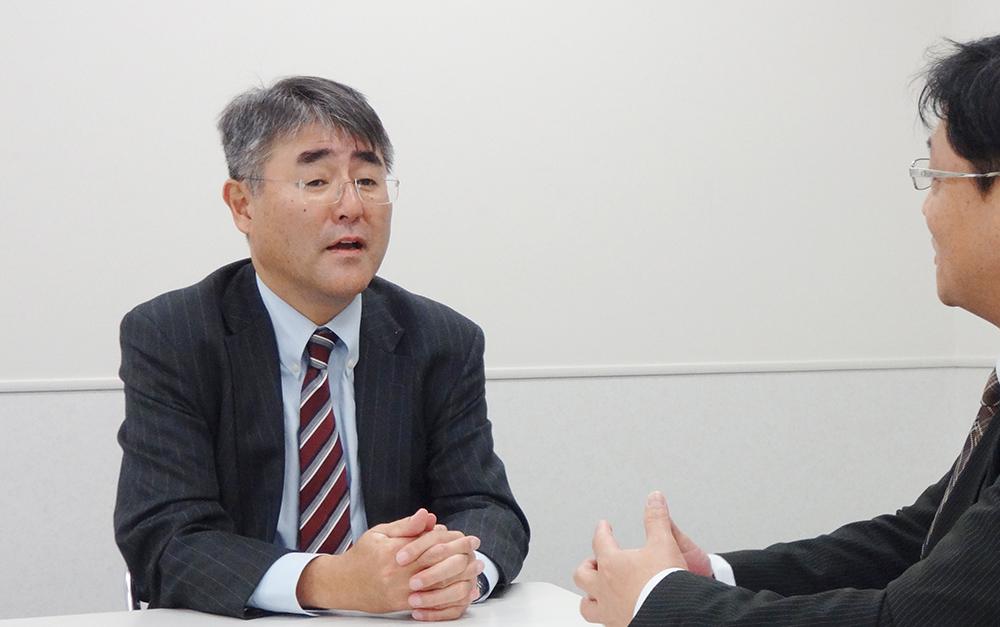 カリモク家具の加藤正俊社長