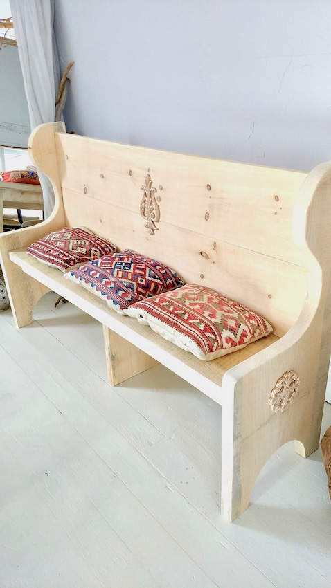 5 Foot Unfinished Church Pew With Decals
