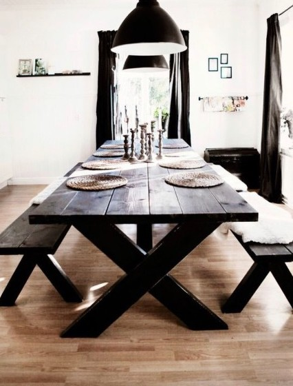 Country Table w Trestle support