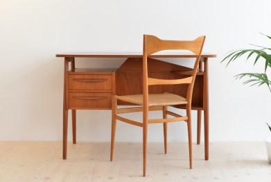 Teak-Tibergaard-Desk-Small-Ladies-Gunnar-Nielsen-Denmark-1960-01
