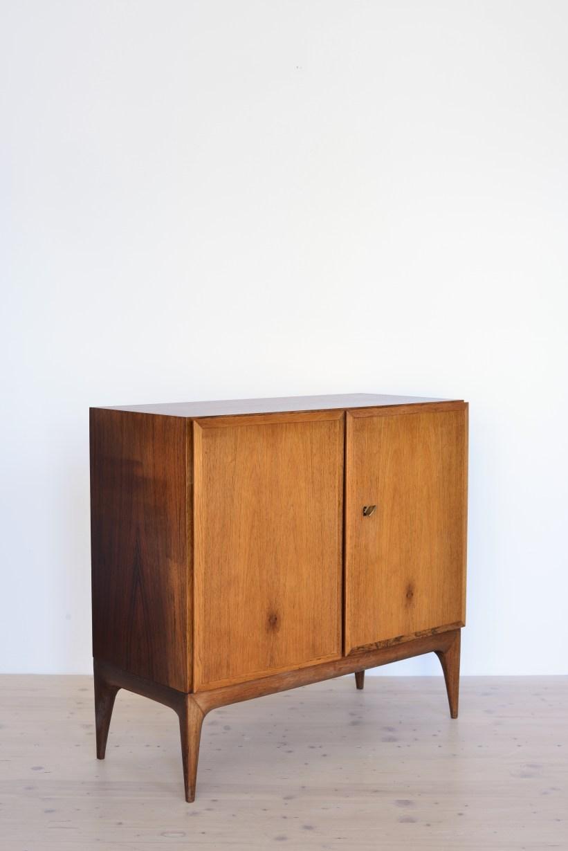 Sröbel-Palisander-Kommode-Cabinet-in-Rosewood-Switzerland-196s-heyday-möbel-Zürich-03
