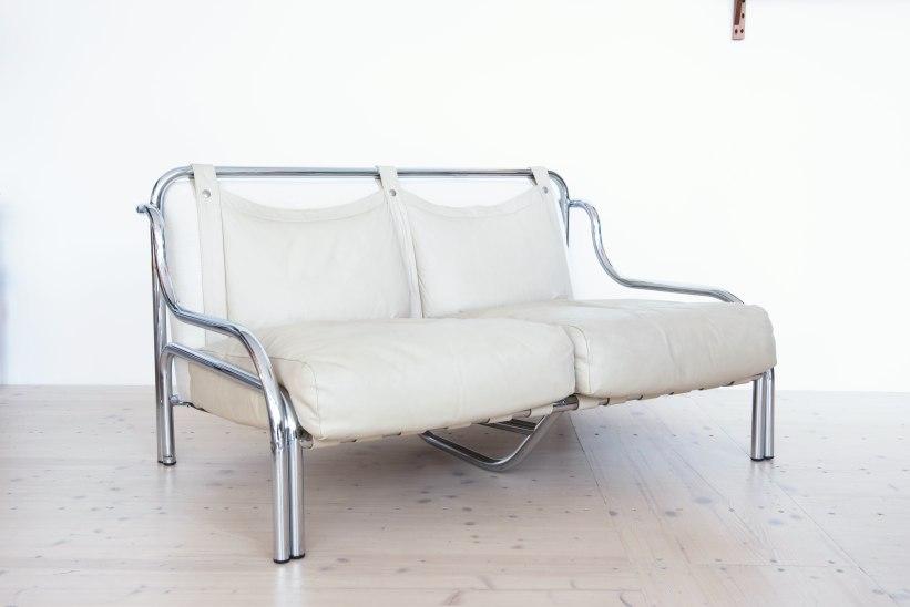 Gae_Aulenti_Stringa_Sofa_and_chair_set_by_Poltronova_heyday_möbel_Zurich_Switzerland_9979