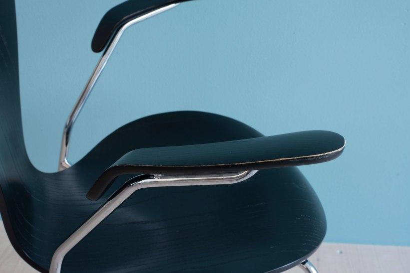 Arne_Jacobsen_Series_7_Dining_Chairs_heyday_moebel_1180