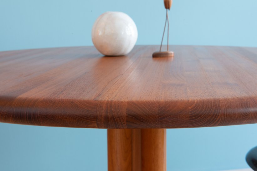 Niels_Otto_Möller__Round_Dining_Table_by_Gudme_Möbelfabrik_heyday_möbel_Zurich_Switzerland_1210