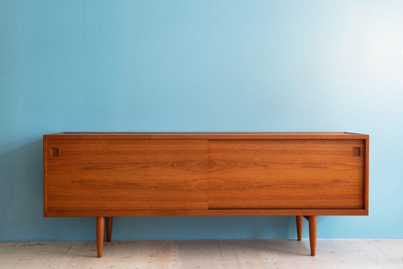Niels Moller Model 20 Sideboard. Available at heyday möbel, Grubenstrasse 19, 8045 Zürich.