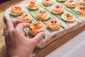 Smoked Salmon & Hummus Bites   @dipyourtoesin